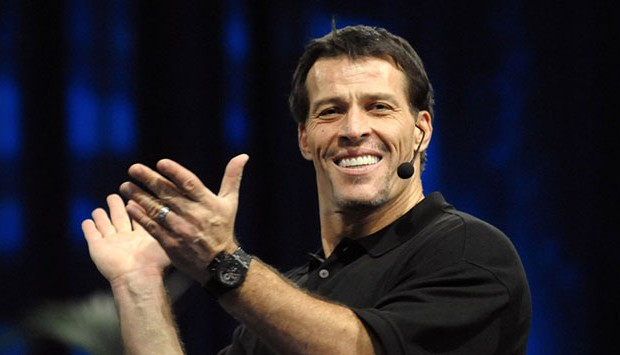 <strong>Tony Robbins</strong>
